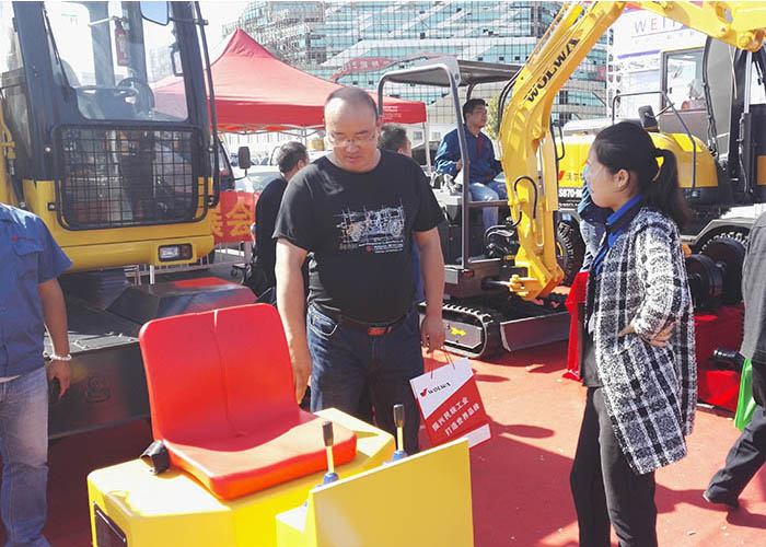 Wolwa group with various machines to participate in the 2015 national construction machinery exhibition